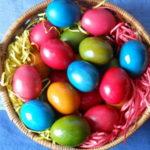 Saveti za farbanje jaja prirodnim bojama biljnog porekla